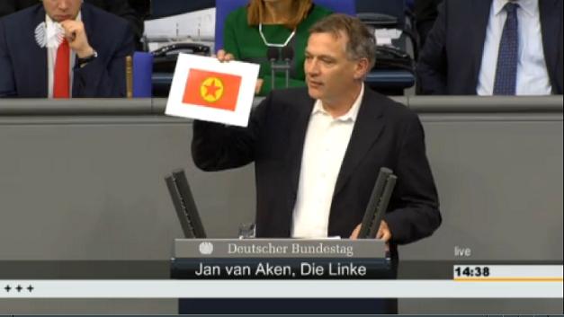 20150305 Jan van Aken PKK im Plenum
